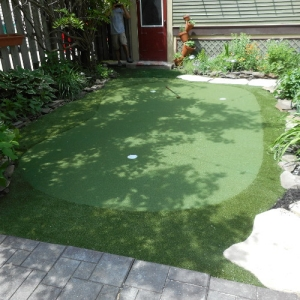 backyard putting greens do it yourself